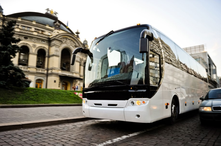 Questions You Should Before Hiring a Bus