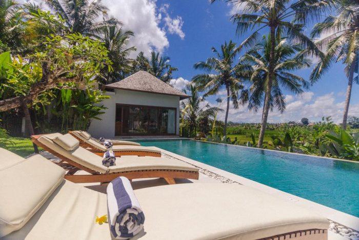 booking villas
