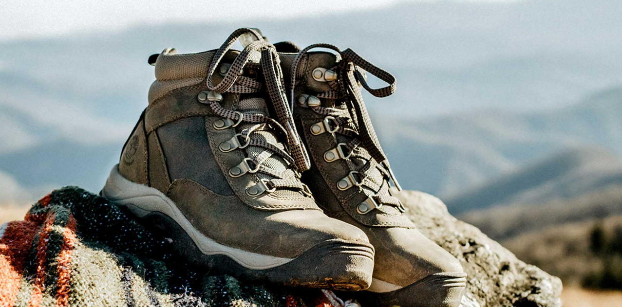 How to Select the Best Hiking Boot?