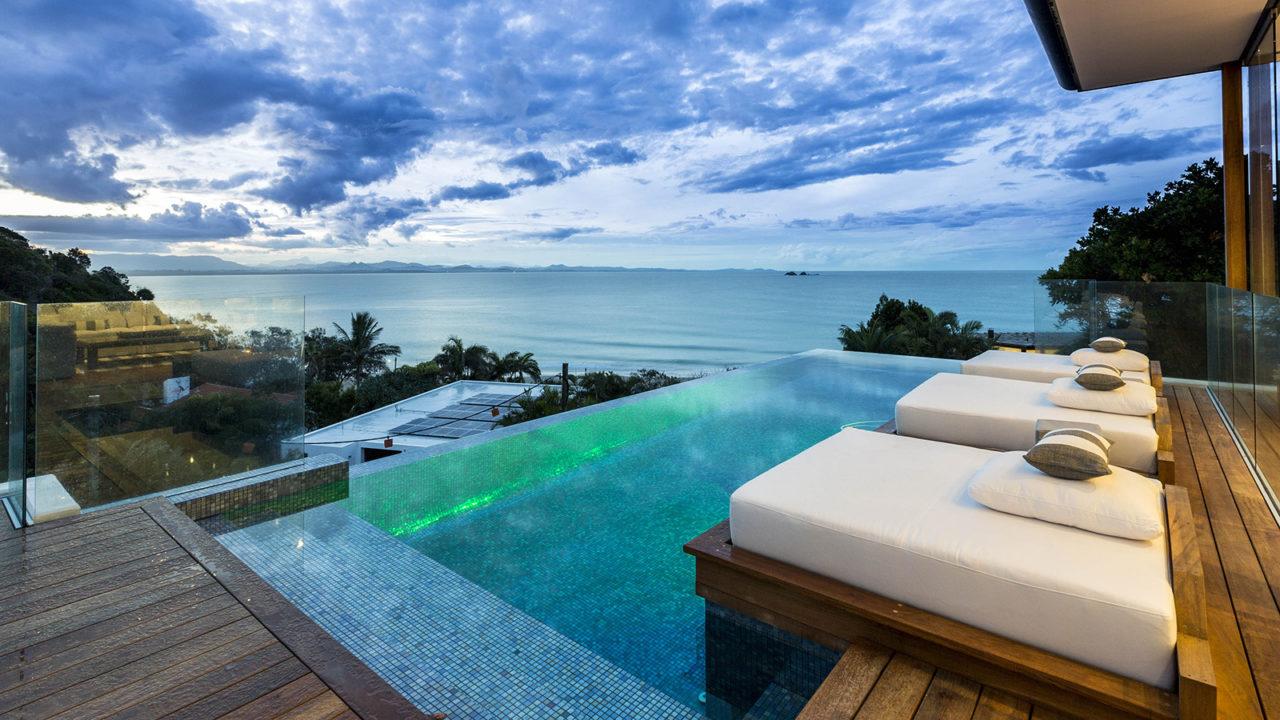 Romantic Getaways Byron Bay- Top Reasons to Select Byron Bay as Honeymoon Destination